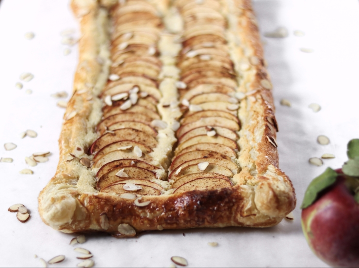 simple apple almond tart with puff pastry