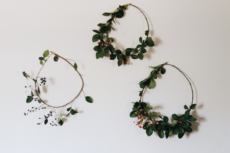 Asymmetric modern floral wreaths DIY holiday Christmas party
